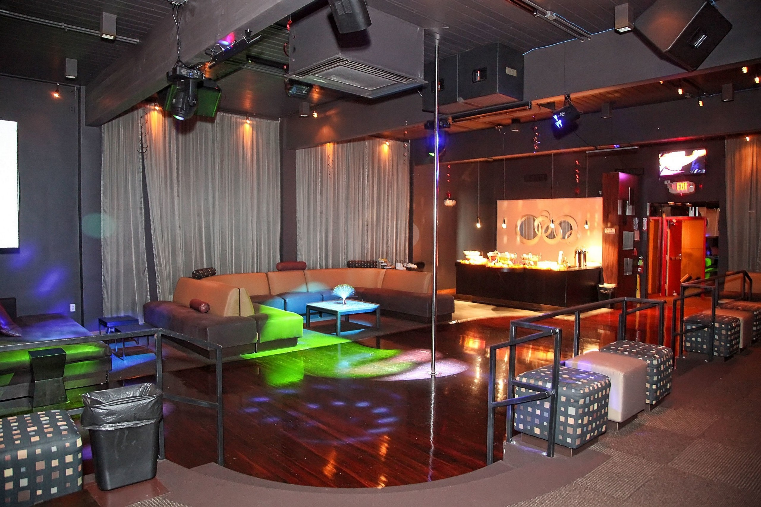 Swingers Club In New Jersey has the Hottest Parties