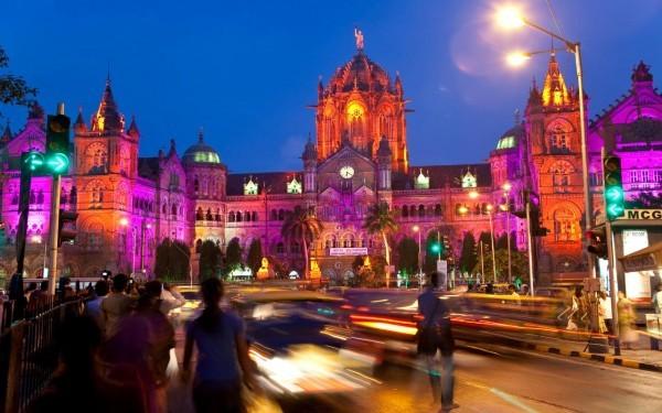 Mumbai Swingers – How and Where to Meet Them